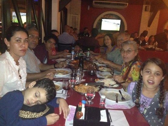 Restaurante Parmegianno: Jantar em Família no Parmediano