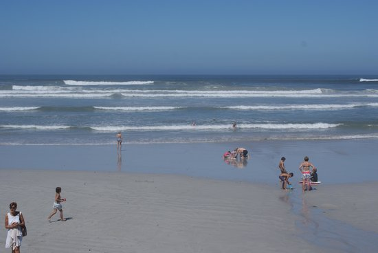 Hermanus Beach Villa: The Beach