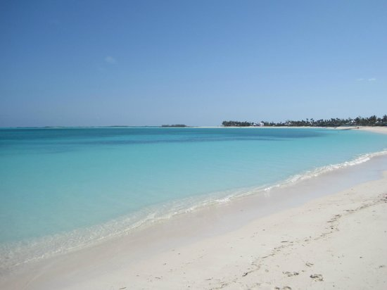 Treasure Cay Beach, Marina & Golf Resort: Picture perfect, uncrowded 3 mile beach