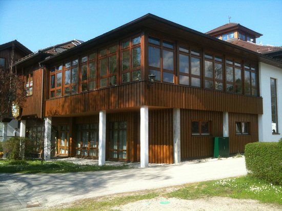 Camping Hopfensee: Piscina posta in alto
