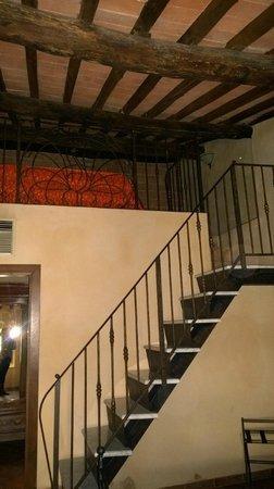 Il Piccolo Castello Hotel: Mezanino da suite quadrupla com duas camas de solteiro