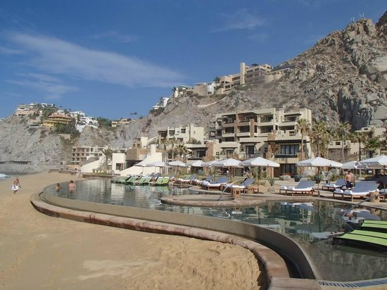 The Resort at Pedregal : family pool