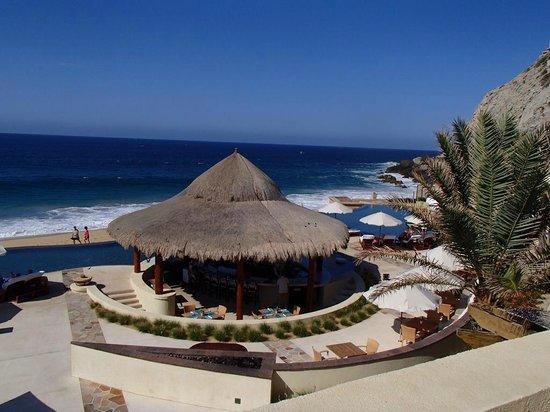 The Resort at Pedregal : pool bar