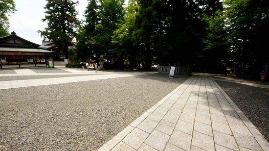 Suwa Shrine: 諏訪大社下社