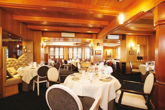 Le Cerf salle de restaurant