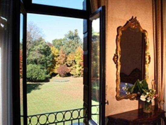 Charming Hotel Villa Soranzo Conestabile : Camera con vista.