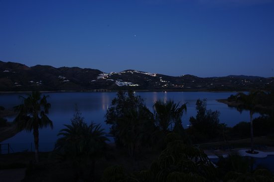 B Bou Hotel Vinuela & Spa: susnset from the room