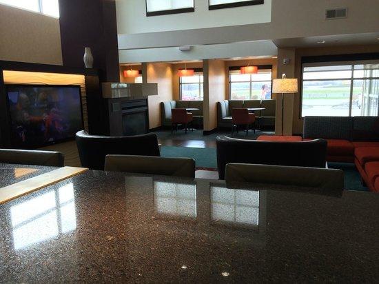 Residence Inn Coralville : Lobby