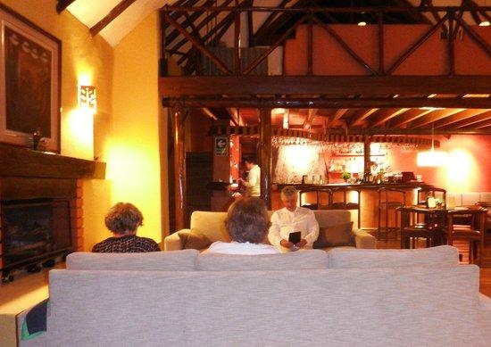 Colca Lodge Spa & Hot Springs - Hotel: Bar area