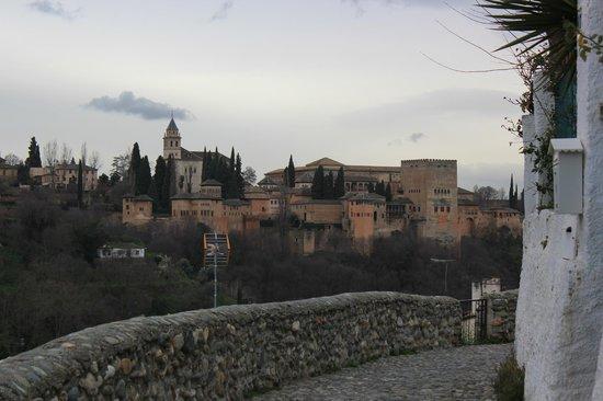 Cuevas El Abanico: Vue du logement, face à l'Alhambra