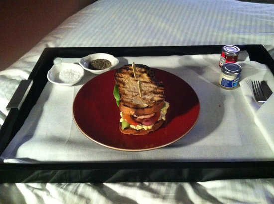 The Ampersand Hotel: Room service club sandwich