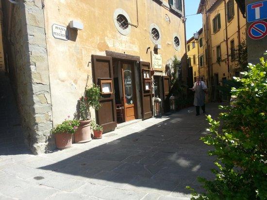 La Loggetta - La Locanda nel Loggiato: entrata ristorante