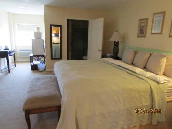 Bruce, MS: Gardenia King Suite