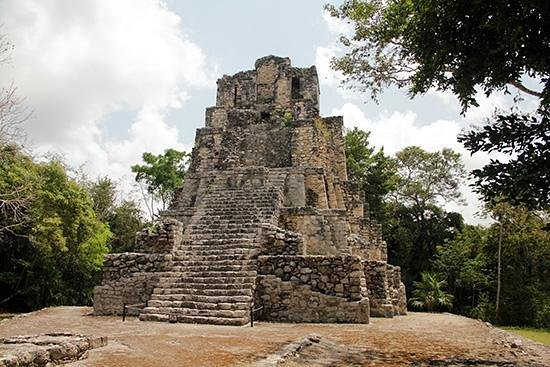 Muyil : Main pyramid