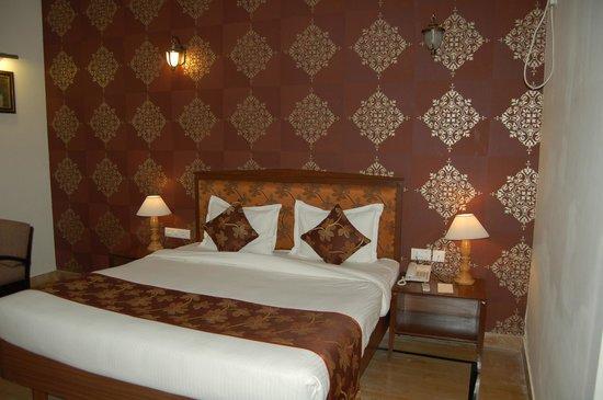 Desert Tulip Hotel & Resort : chambre
