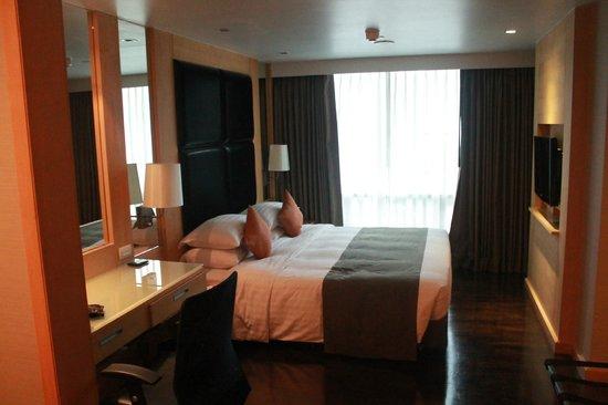 Sukhumvit 12 Bangkok Hotel & Suites: Vista Letto