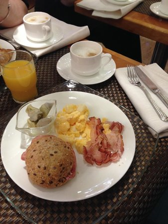 Hotel Star: Breakfast