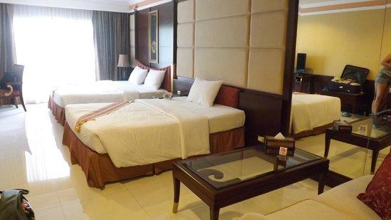 Fairtex Sports Club Hotel : Our room