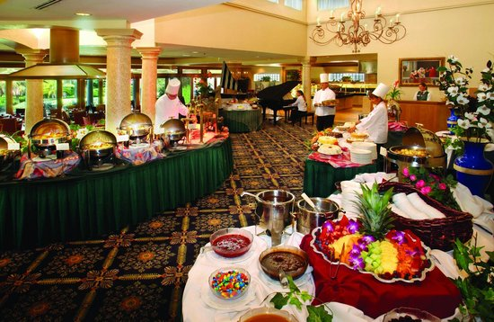 Mission Inn Resort & Club: La Hacienda Restaurant Sunday Brunch Buffet