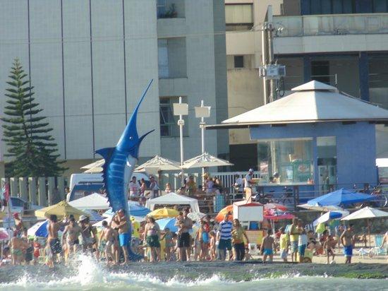 Morro Beach : O marlim de cartão postal