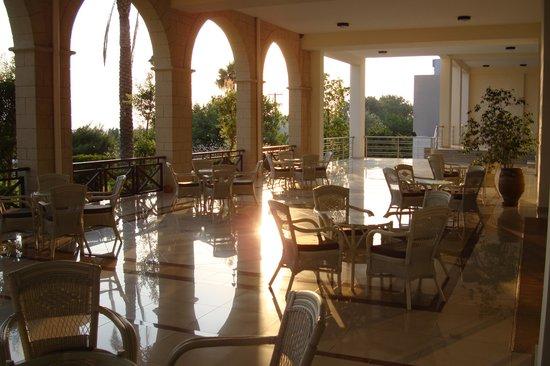 Kipriotis Panorama Hotel & Suites : терраса