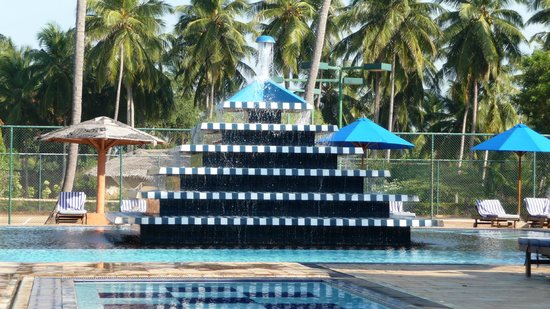 Club Palm Bay Hotel: The famous pool attraction