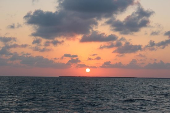Catamaran Belize: best view of sunset is from this boat