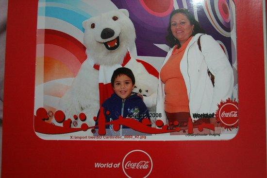 World of Coca-Cola : Con el Osos de Coca Cola