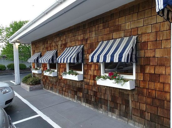 Darrell's Restaurant: front