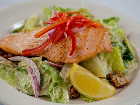Portland Spirit River Cruises: Steelhead Cuisine