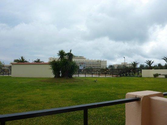 Messonghi Beach Resort : Vue de notre chambre