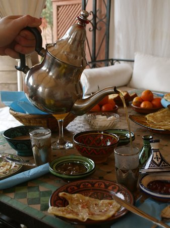 Riad Bamaga Hotel: Ontbijt op dakterras