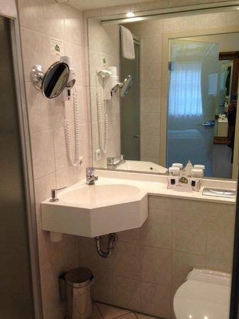 KING's HOTEL Center: Bathroom