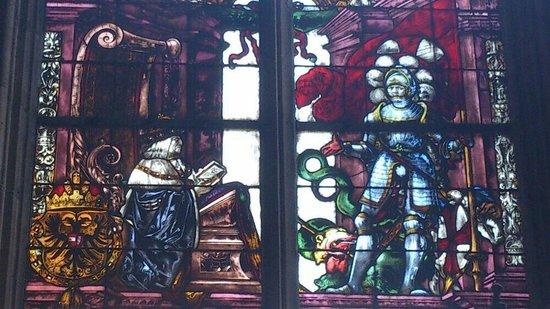 Freiburg Cathedral: Kirchenfenster