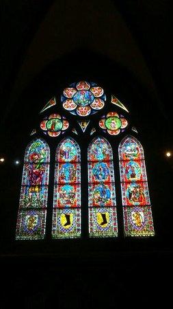 Freiburg Cathedral: Buntglasfenster