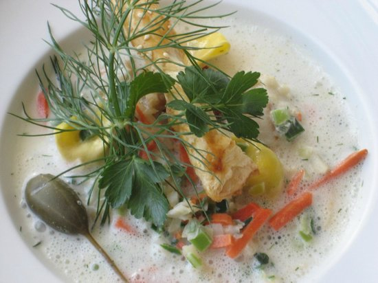 Panorama Hotel Lohme: Lohmer Fischsuppe - unser Klassiker