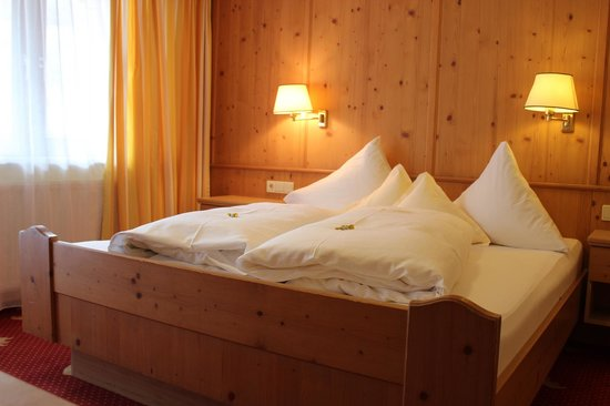 Grauer Baer Hotel: Great beds