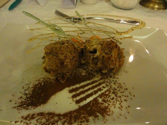 Grauer Baer Hotel: Dessert