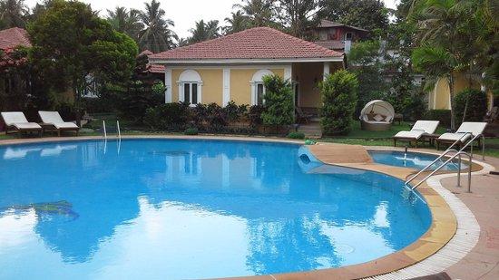 Casa De Goa Boutique Resort: the pool