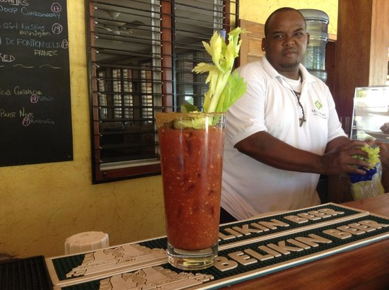 Maya Beach Hotel Bistro: Bloody Marys on the beach