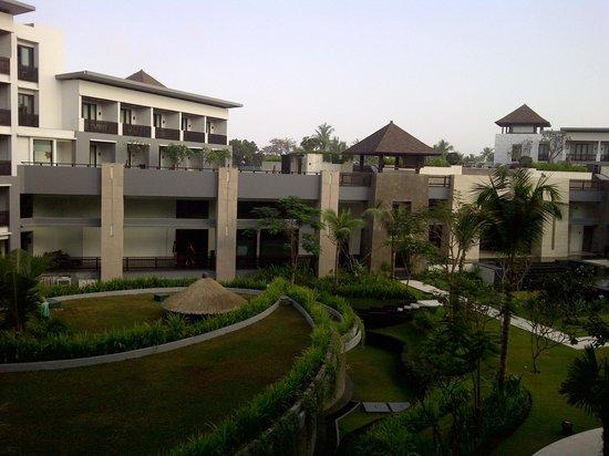 Pullman Bali Legian Beach: Center of Hotel