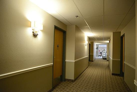 Great Falls Inn by Riversage: Elevator for Easy Access to Upper Floors