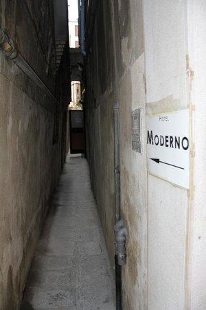Hotel Antica Casa Carettoni: Сразу и не заметить