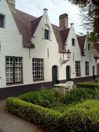 De Vos Almshouse (Godshuis de Vos) : Petites maisons