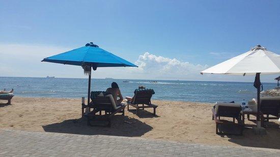 Grand Aston Bali Beach Resort : Spiaggia