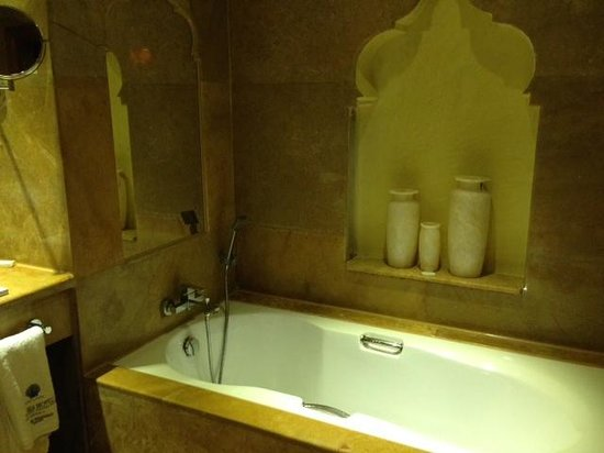 Sunwing Waterworld Makadi Hotel: Bathroom