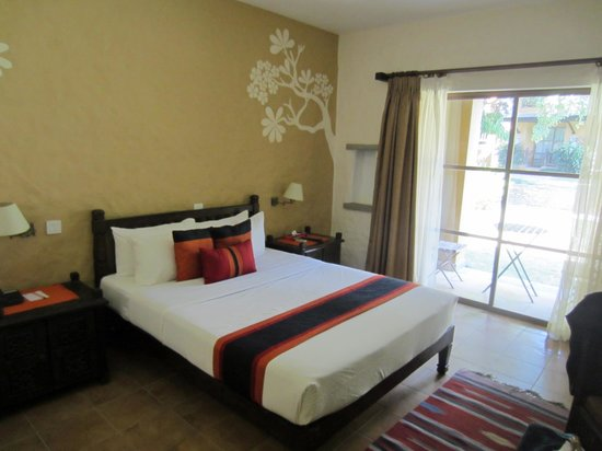 Temple Tree Resort & Spa: Typical room