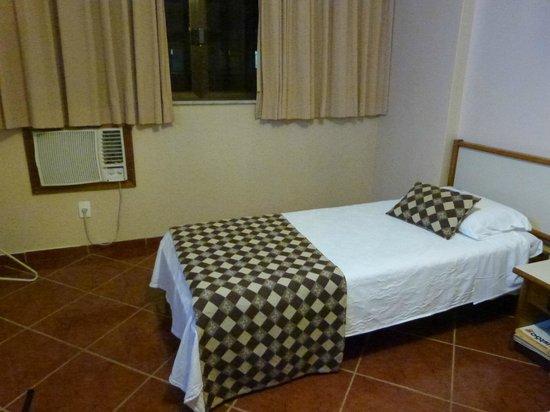 Hotel Rondônia Palace: cama de solteiro