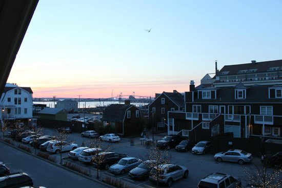 Harborside Inn : City View From Balcony