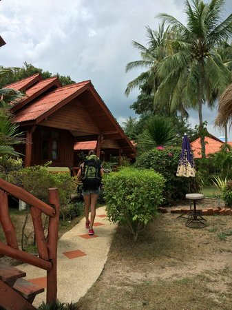 Morning Star Resort: ok standard on the bungalows and beautiful garden